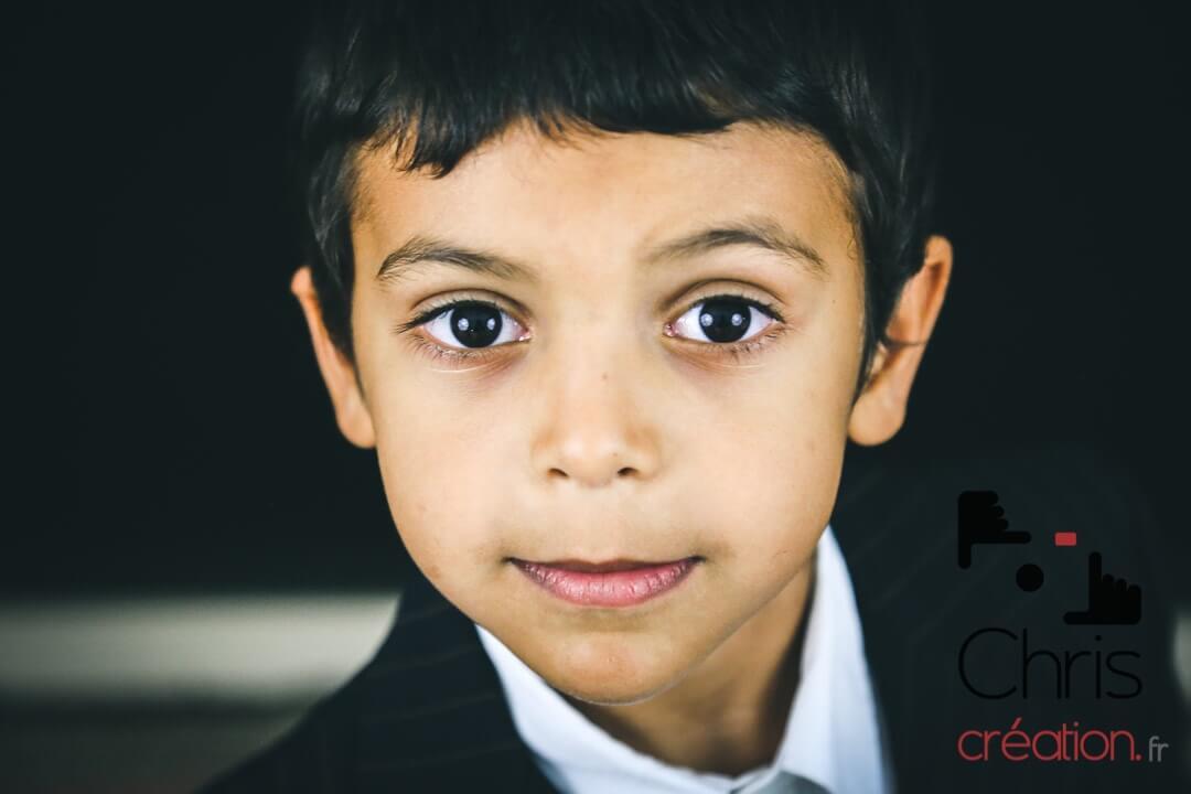 Portrait professionnel et aussi mise en valeur d'un enfants un garçon.