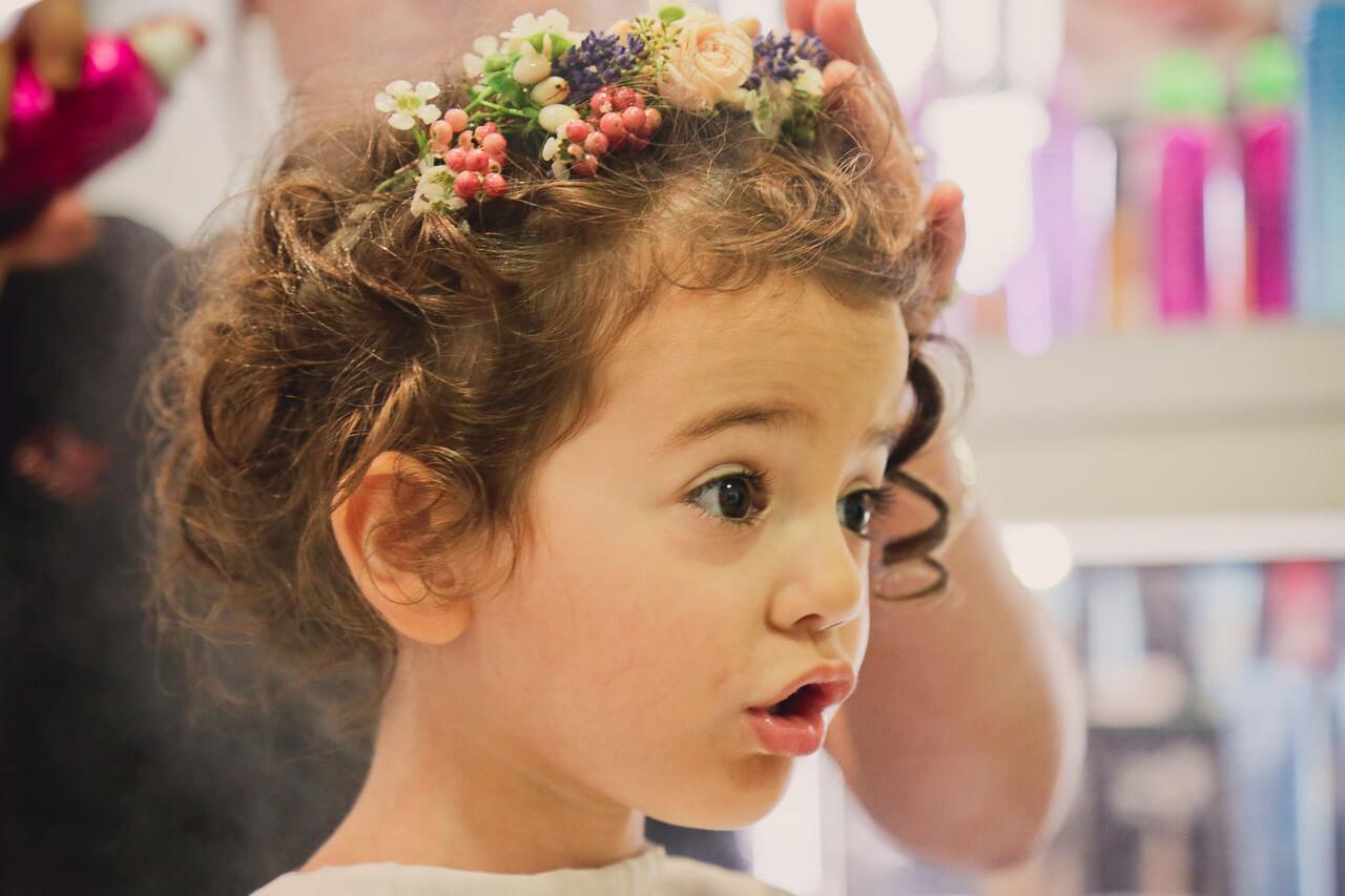 La petite fille Chez le coiffeur