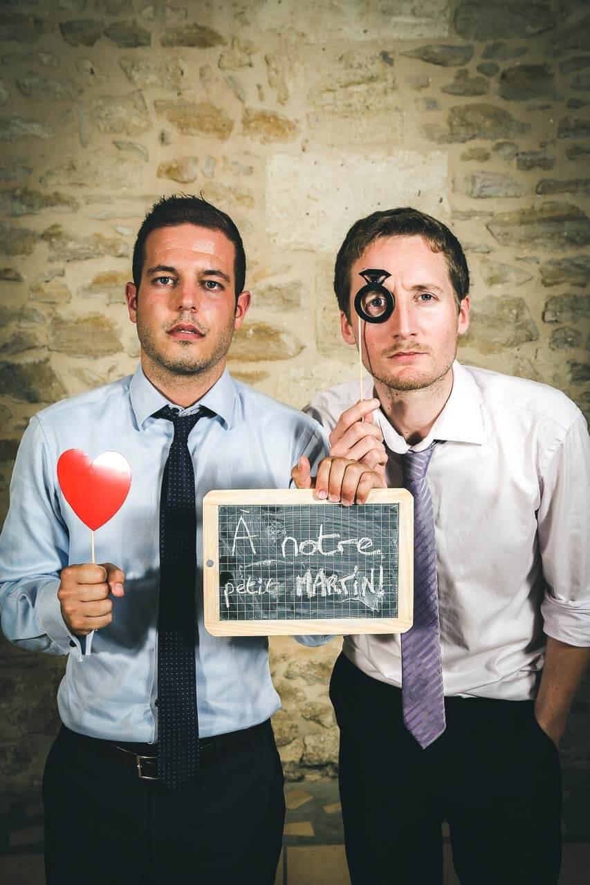 Prise de vue studio photo Photo Booth amis du marié photo décalé et original