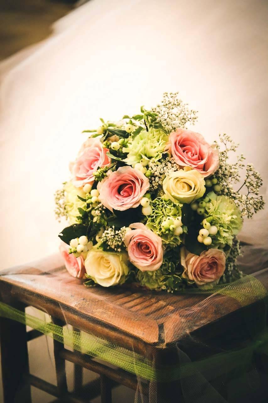 Photo de décoration florale pour mariage Bouquet de fleurs de la mariée