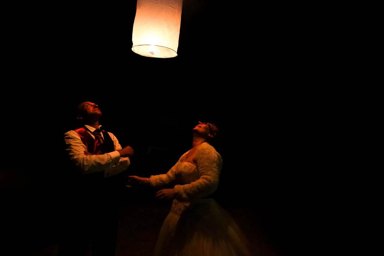 Lâché de lampions pour un mariage lampions thaïlandais