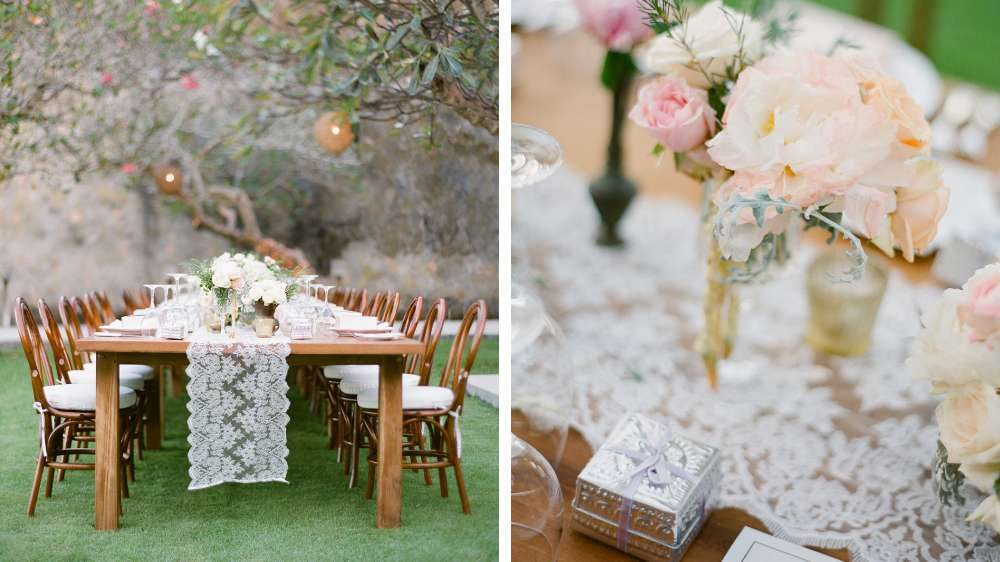 Une table élégante une idée de mariage avec un chemin de table en dentelle