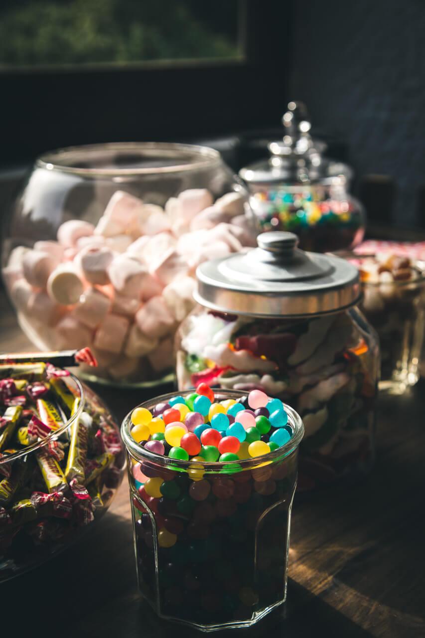 Claire et Alexis Photo de bar à bonbons pour les mariés