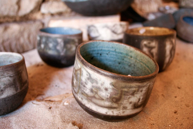 Clichés événementiel de poterie produit mise en valeur ainsi des différent modèles.