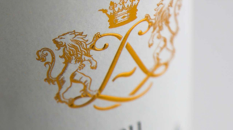 Photo de produits professionnels photos de bouteilles château la Louvière 2011 photos de qualité Bordeaux Aquitaine Gironde