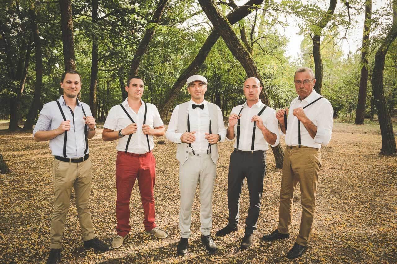 l'équipe des bretelles Photographe de mariage 20 Caroline et Marc champêtre dans les bois