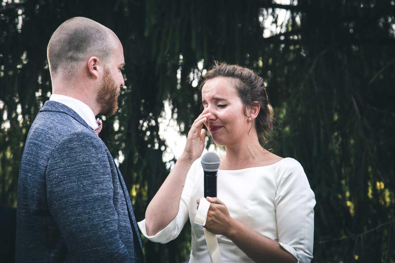 préparatifs mariage émotion cérémonie larme de la maman famille Photographe de mariage Bordeaux gironde CB - Claire & Alexis