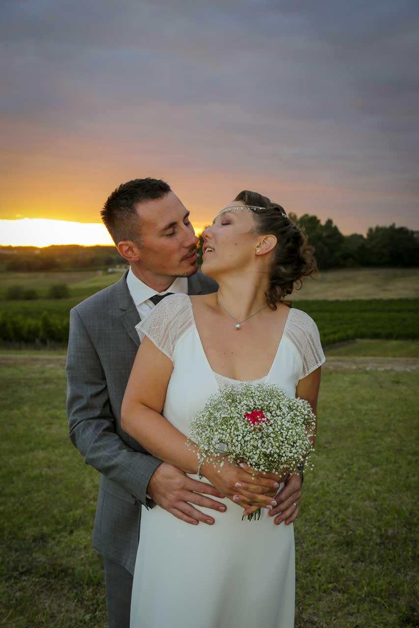 couple amour parent famille mariage champêtre joie dans un mariage Photographe de mariage Bordeaux gironde CB Tyffany & Samuel