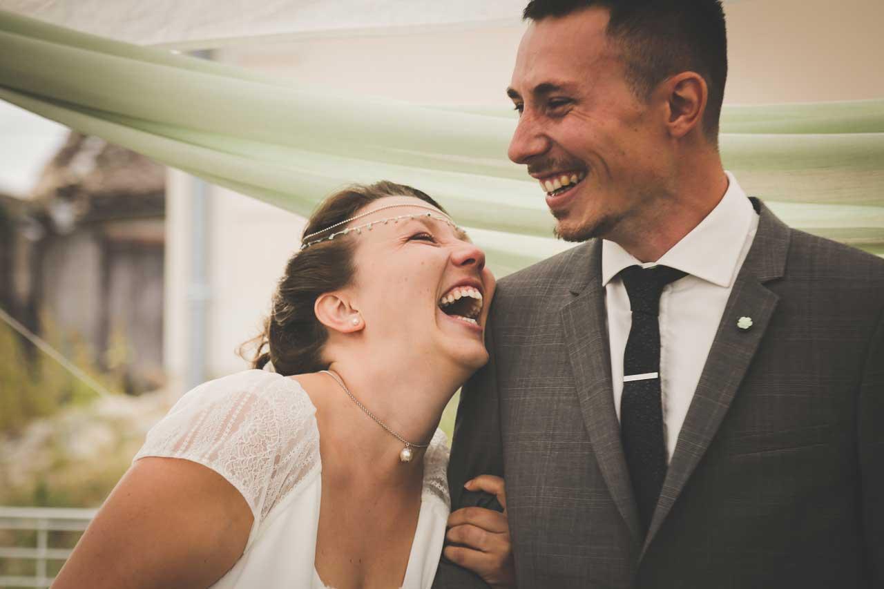 rire et joie dans un mariage Photographe de mariage Bordeaux gironde CB Tyffany & Samuel