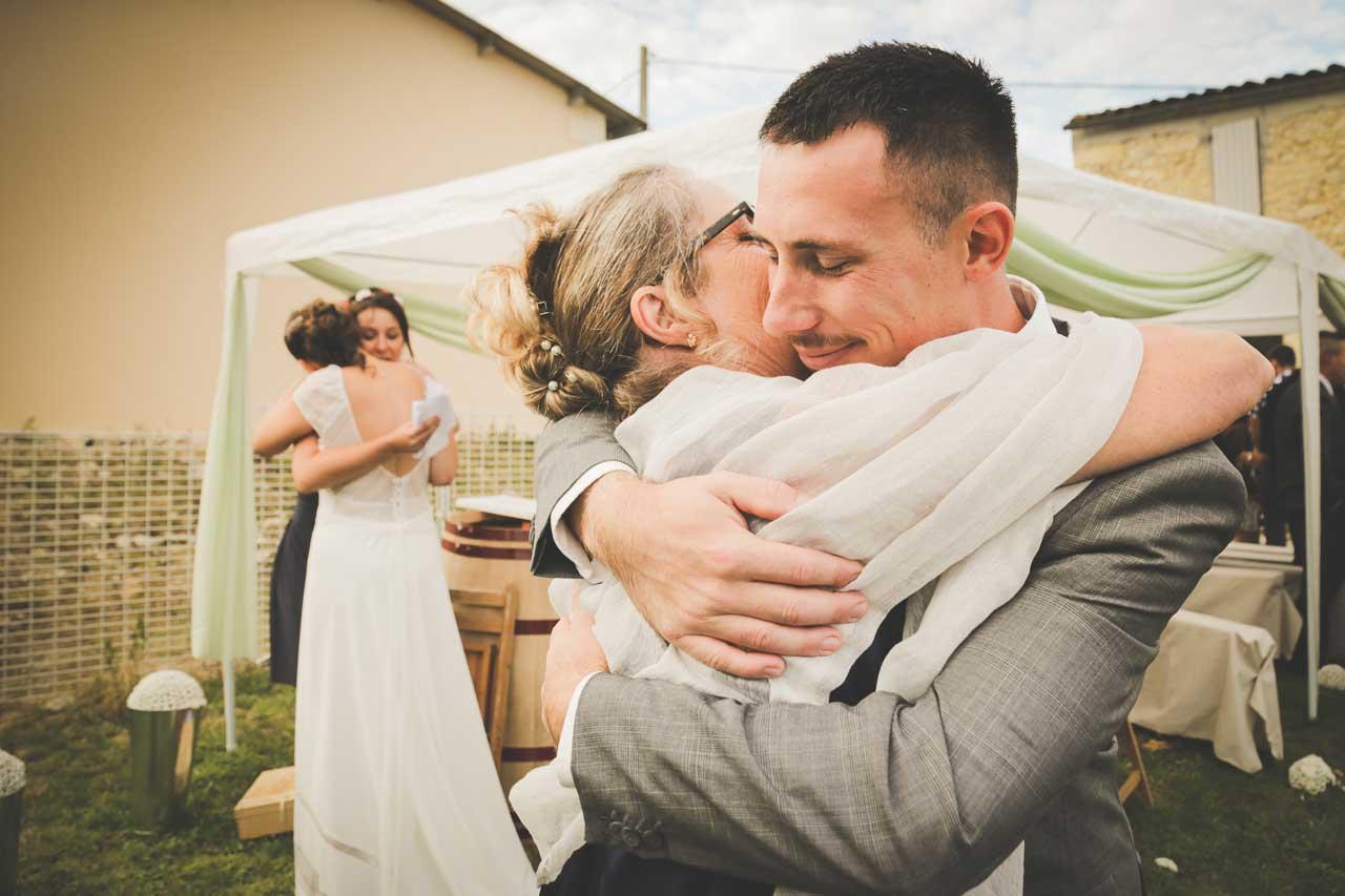 amour cérémonie parent famille mariage champêtre joie dans un mariage Photographe de mariage Bordeaux gironde CB Tyffany & Samuel