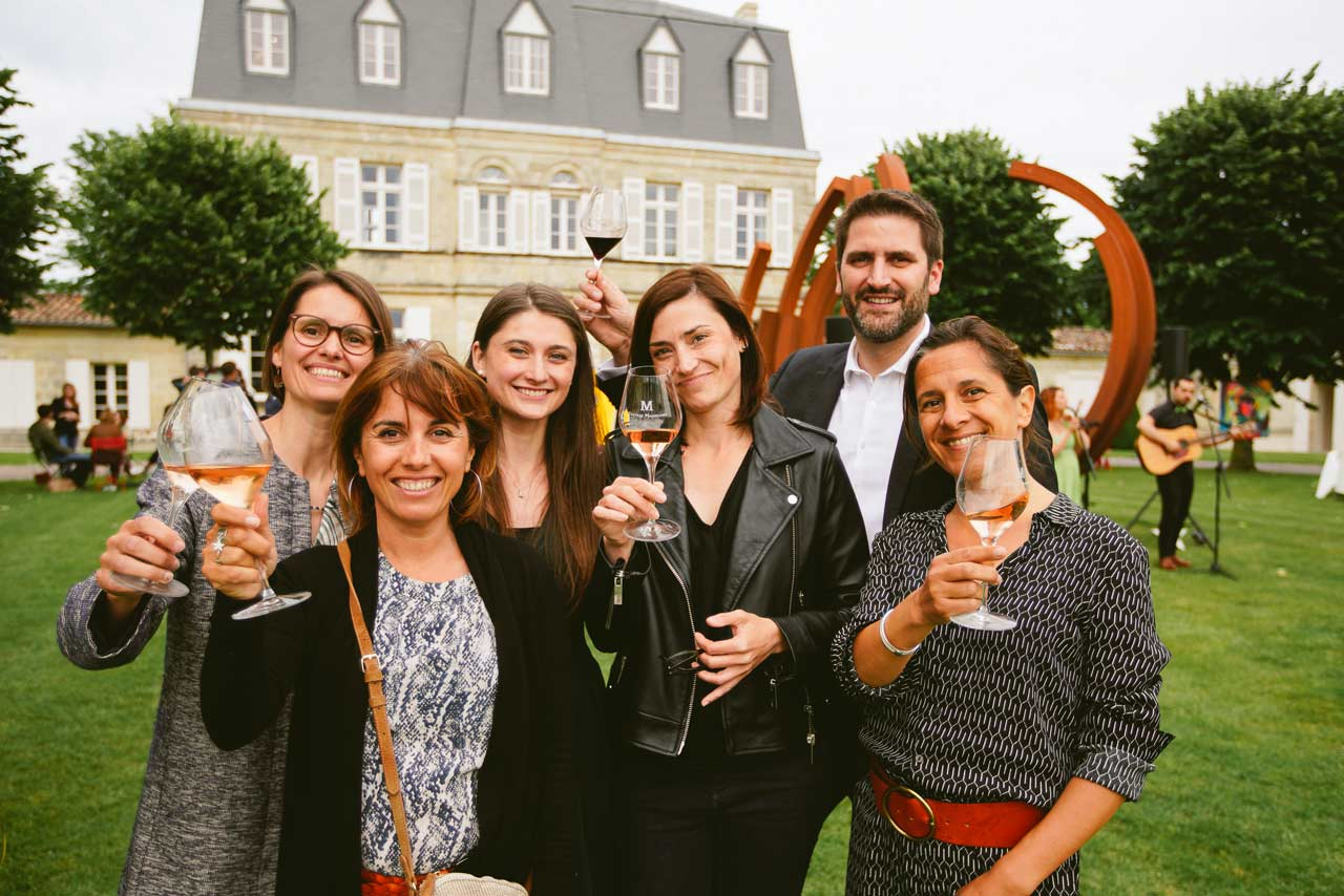Afterwork Chateau Malescasse Photographe d'evenements corporate l' équipe des châteaux pris en photo christophe_boury